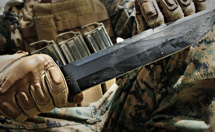 Rękawice i skarpety wojskowe